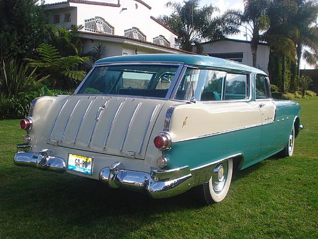 1955 Pontiac Safari exterior