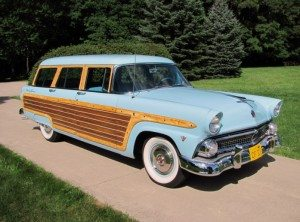 California Woodie: 1955 Ford Country Squire