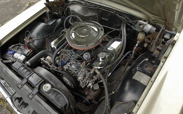 1966 Ford Galaxie Country Sedan Station Wagon Engine