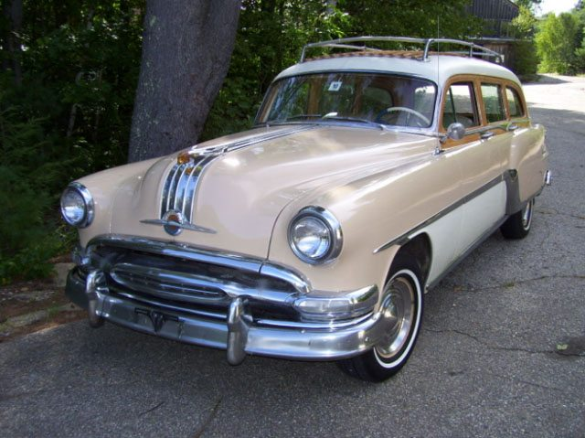 1954 Pontiac Chieftain Wagon Exterior