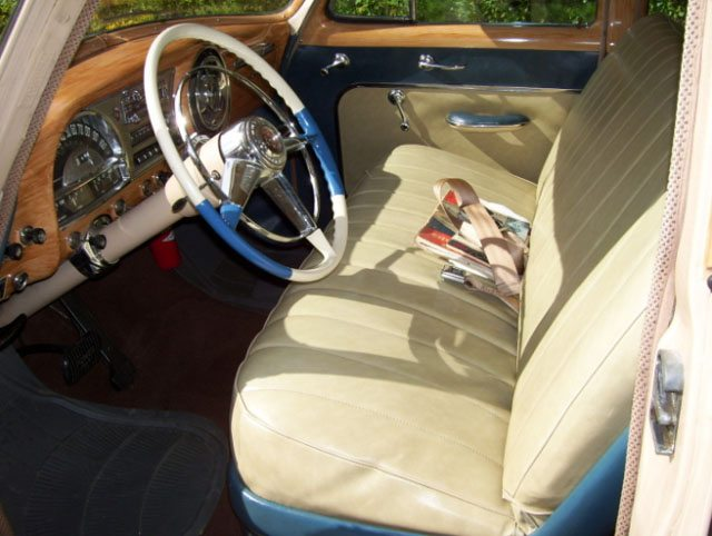 1954 Pontiac Chieftain Wagon Interior