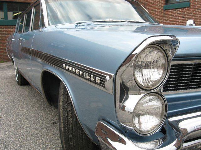 1963 Pontiac Bonneville Safari 1