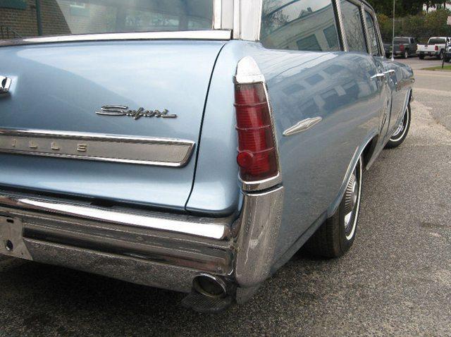 1963 Pontiac Bonneville Safari 2
