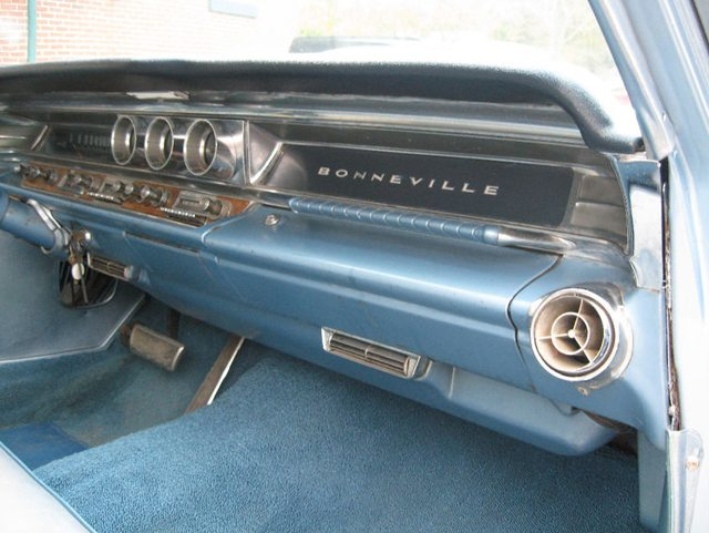 1963 Pontiac Bonneville Safari 5