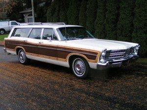 Room for 10: 1967 Ford Country Squire