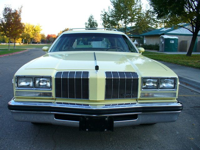 1977 oldsmobile vista cruiser 1