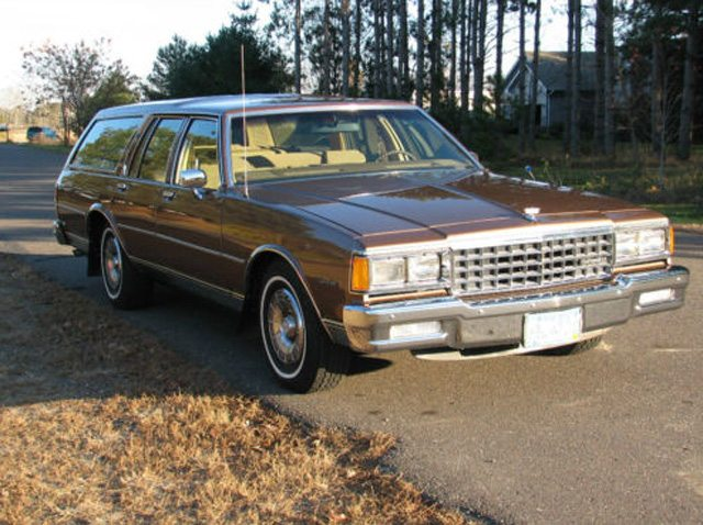 1985 Caprice Classic Station wagon 3