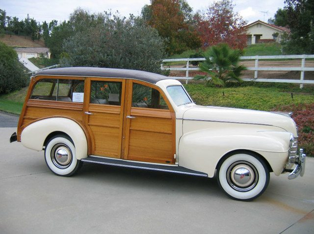 1940_oldsmobile_station_wagon1