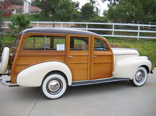1940_oldsmobile_station_wagon4