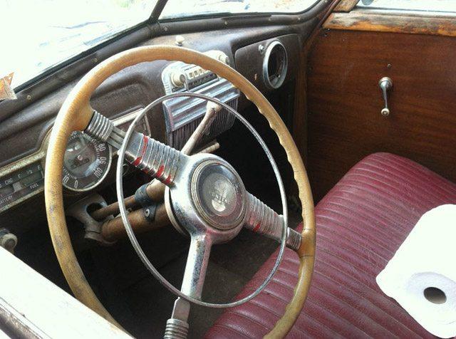 1947_pontiac_streamliner5