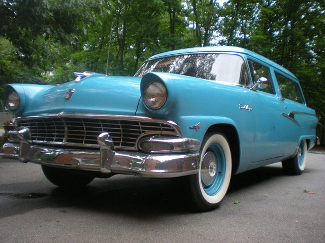 1956_ford_ranch_wagon_1