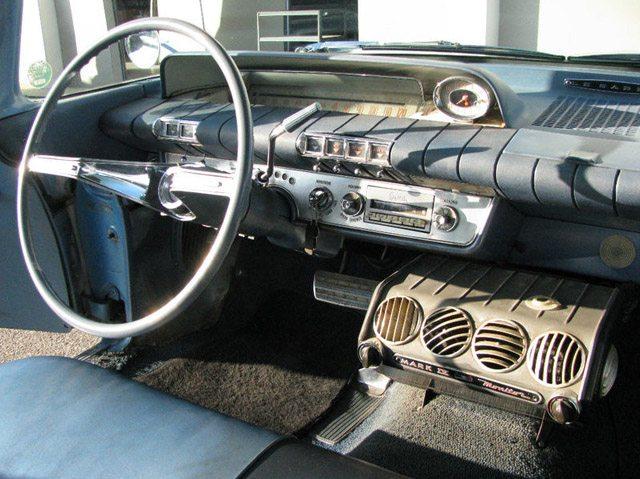 1960 Buick LeSabre Station Wagon 5