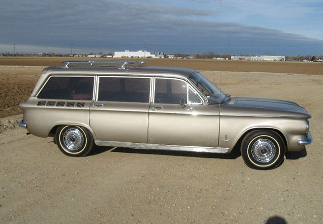 1962_corvair_station_wagon_2