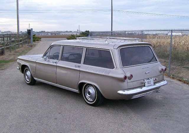 1962_corvair_station_wagon_1