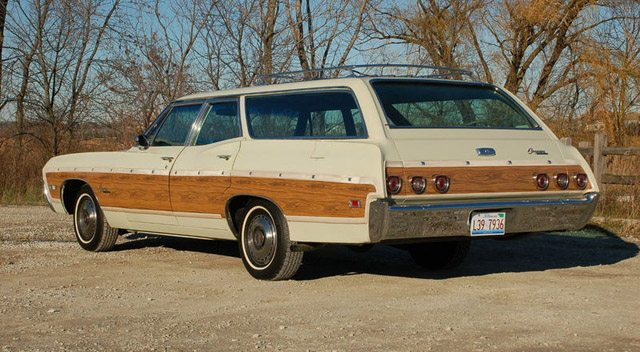 1968_caprice_station_wagon_2