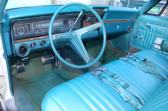 1968_caprice_station_wagon_3