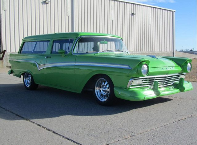 Barrett jackson station wagon auction results scottsdale for 1957 ford 2 door ranch wagon sale