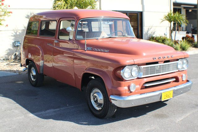 1962_dodge_town_wagon_4
