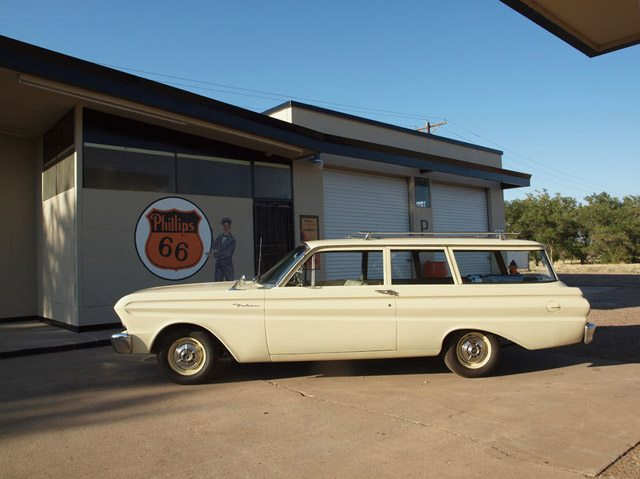 1964_ford_falcon_station_wagon_2