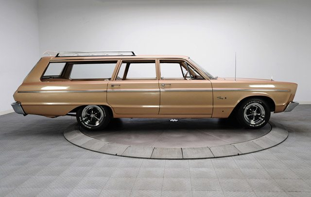 1966_plymouth_fury_station_wagon_3