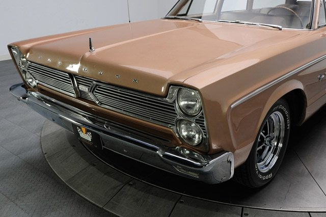 1966_plymouth_fury_station_wagon_4