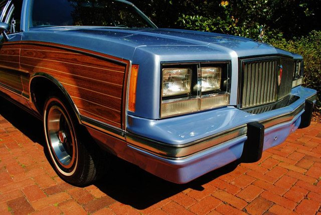 1983PontiacBonnevillesw007