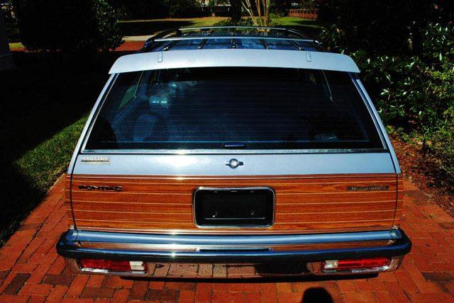 1983PontiacBonnevillesw015