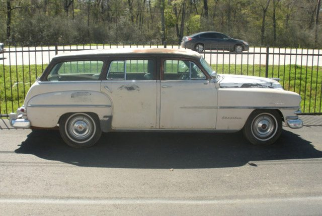 1953_chrysler_station_wagon_1