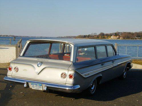 1961_Chevrolet_nomad_3