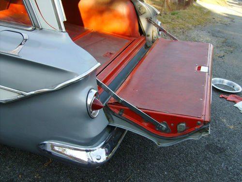 1961_Chevrolet_nomad_4
