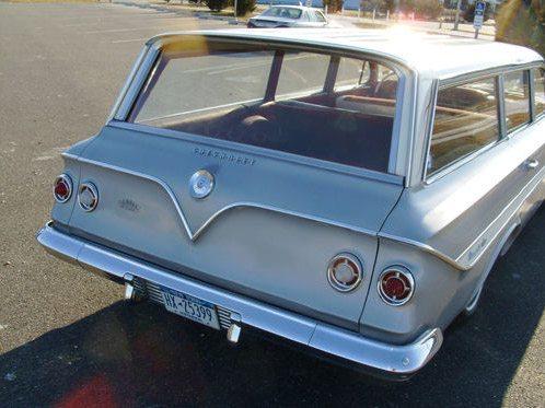 1961_Chevrolet_nomad_6