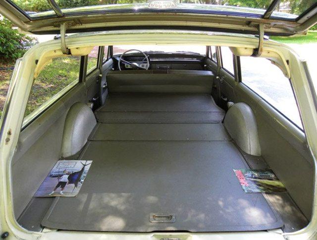 1962_buick_station_wagon_5