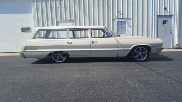 1964 Chevrolet Biscayne Station Wagon pic3