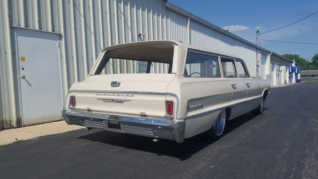 1964 Chevrolet Biscayne Station Wagon pic4