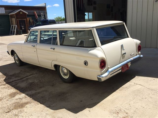 1961 Ford Falcon Station Wagon 1