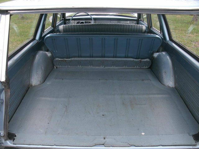 1963 Plymouth Valiant Staion Wagon 9