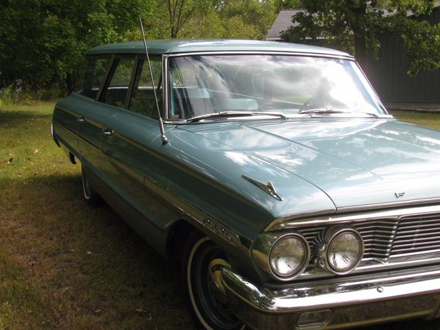 1964 Ford Country Sedan 4