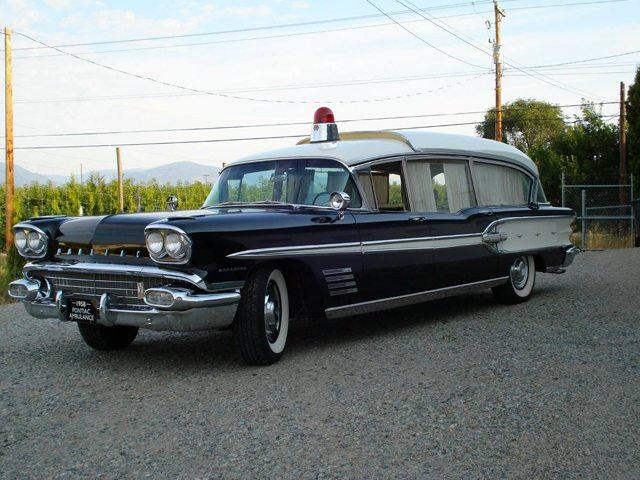 1958 Poniac Ambulance 1