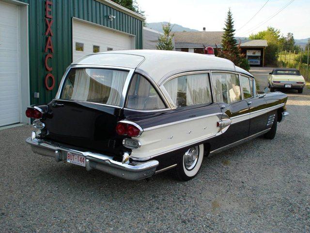 1958 Pontac Ambulance 4