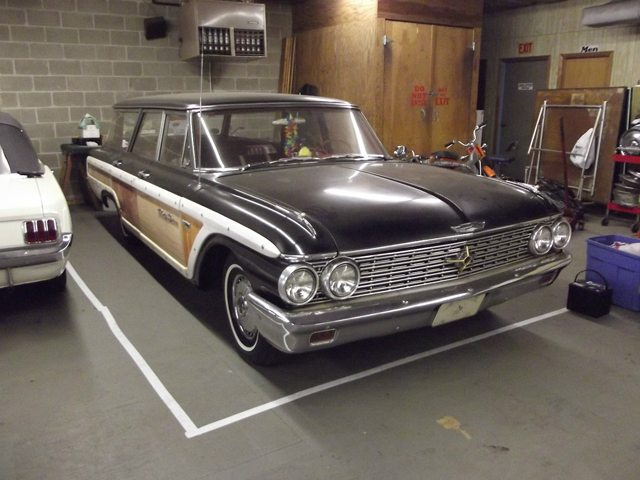 1962 Ford Country Squire