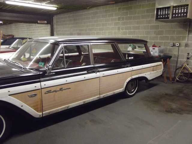 1962 Ford Country Squire 2