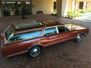 Florida Sunshine: 1966 Oldsmobile Vista Cruiser