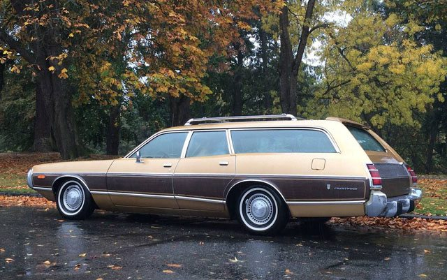 1973 Dodge Coronet Crestwood station wagon