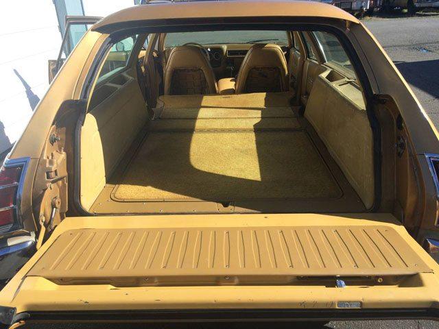 1973 Dodge Coronet Crestwood station wagon 4