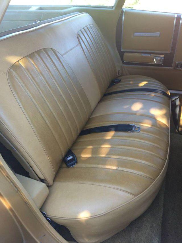 1973 Dodge Coronet Crestwood station wagon 7