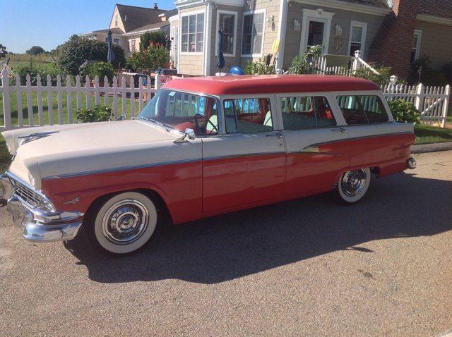 1956 Ford Country Sedan 2