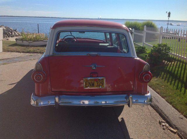 1956 Ford Country Sedan 4