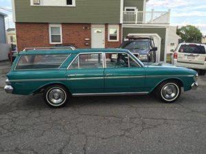 Turquoise Beauty: 1964 Rambler Classic