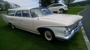 Sleeper Six: 1960 Plymouth Suburban