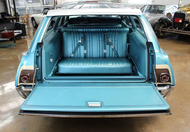 1968 Caprice station wagon 4
